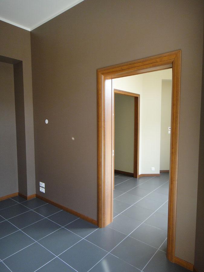 Справа вход в большую часть офиса (112,1 кв.м.)