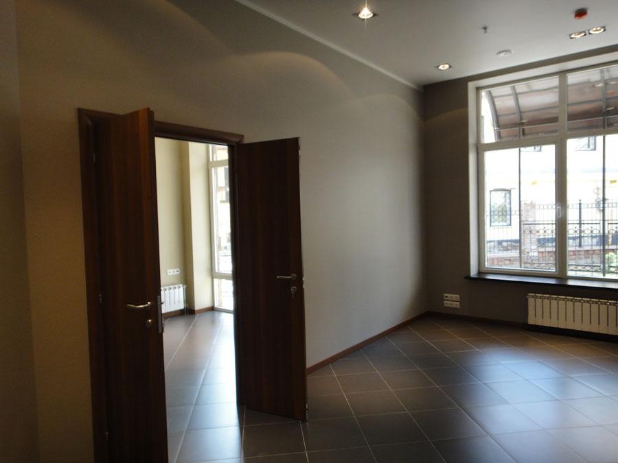Часть офиса (74,2 кв. м.) - Вторая комната