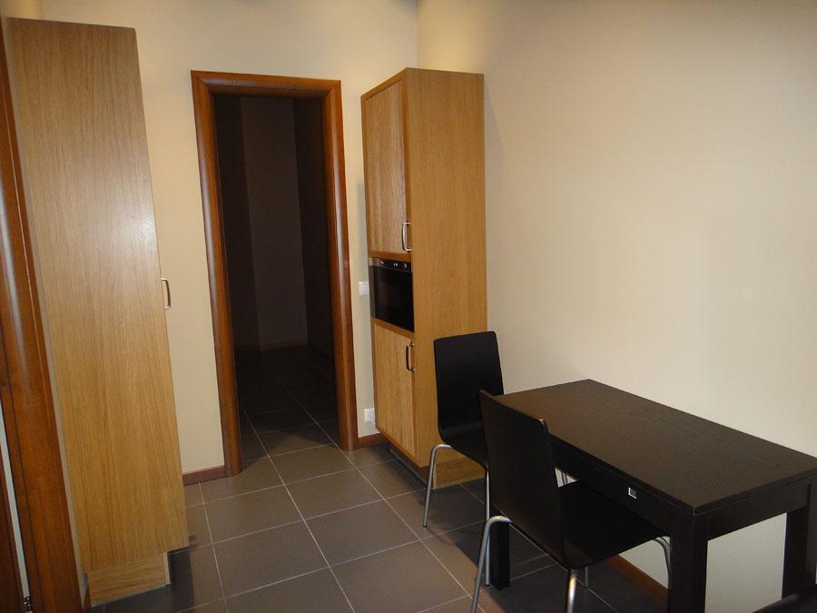 Часть офиса (74,2 кв. м.) - Из кухни можно попасть в кладовую