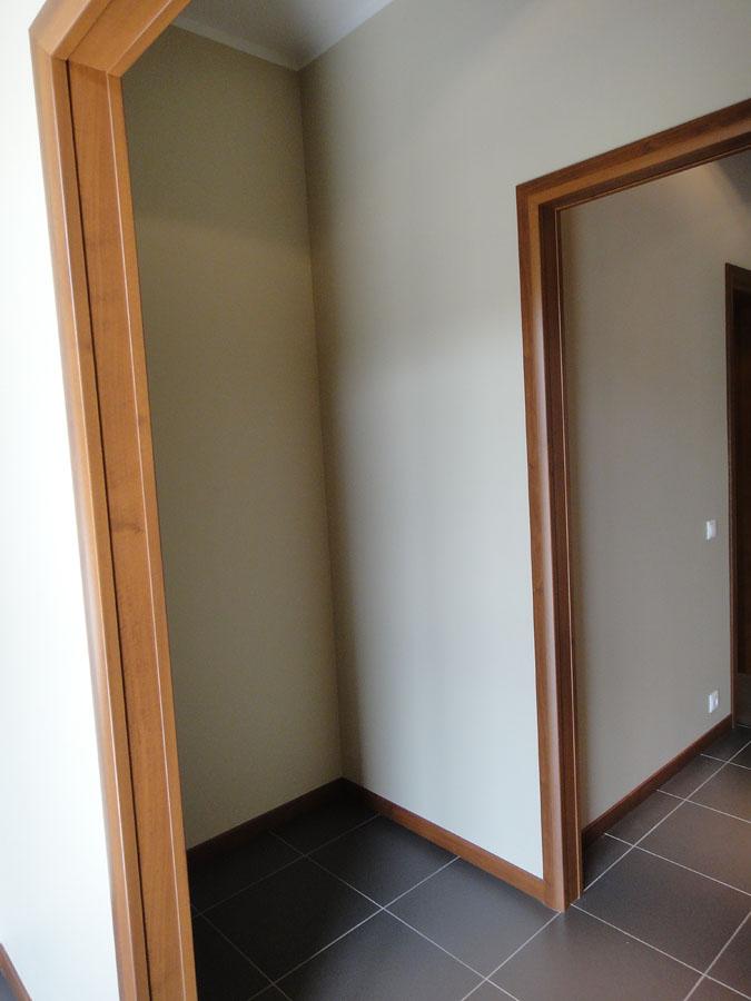 Часть офиса (112,1 кв.м.) - По левой стороне ниша для шкафа