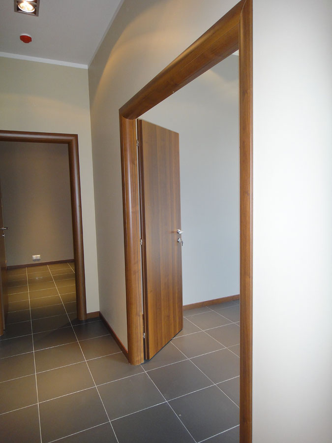 Часть офиса (112,1 кв.м.) - Справа — две комнаты