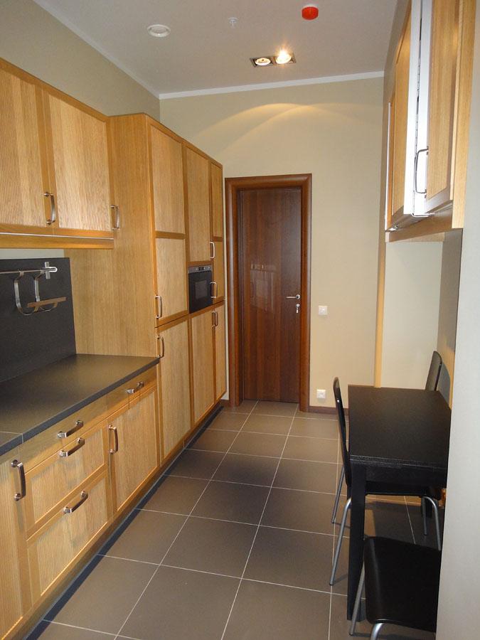 Часть офиса (112,1 кв.м.) - Кухня оборудована холодильником и микроволновой печью