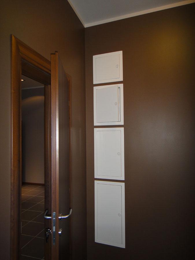 Часть офиса (112,1 кв.м.) - Из этой комнаты можно попасть во вторую кладовую