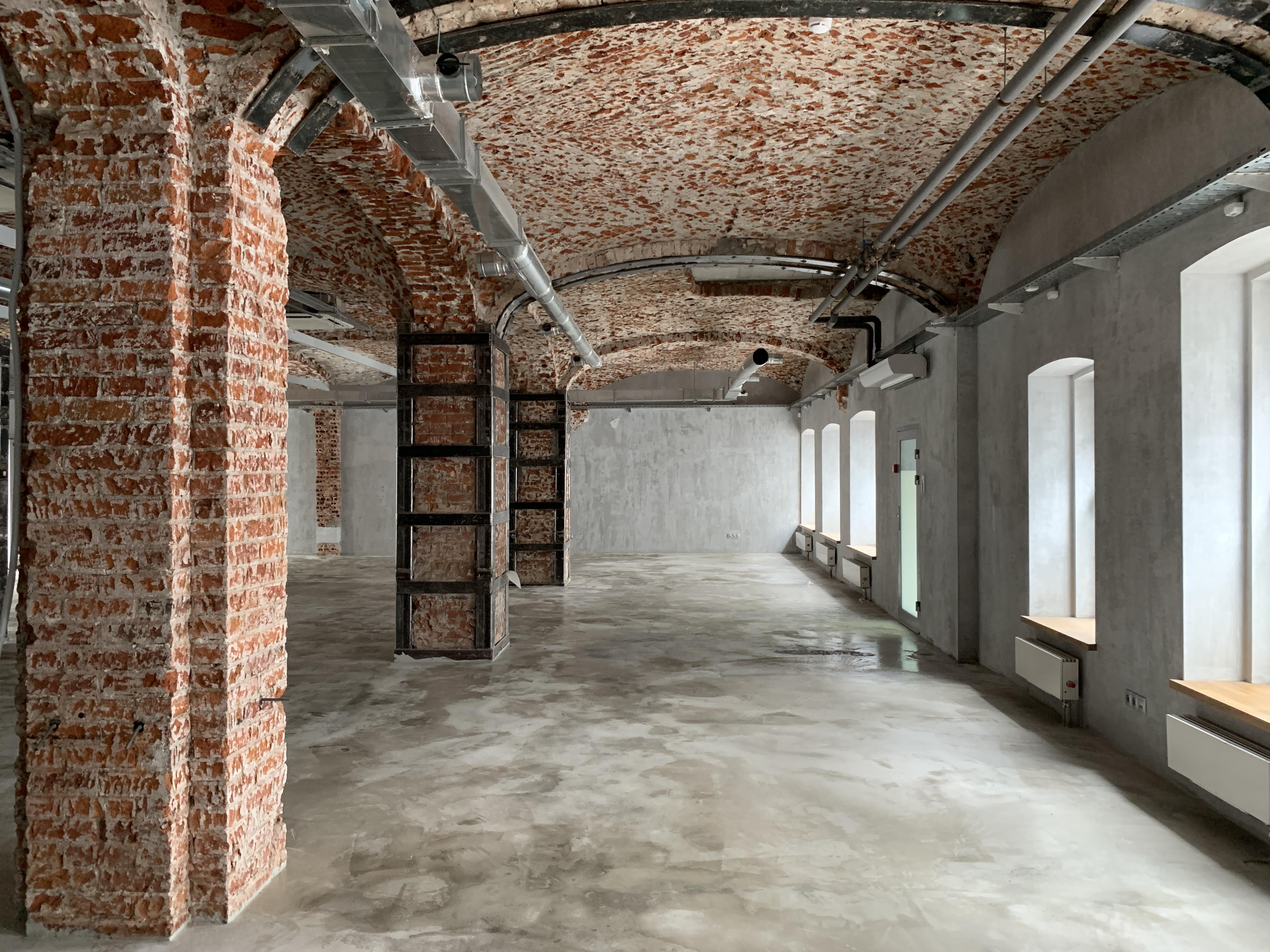 Зал в помещении 253 кв.м.