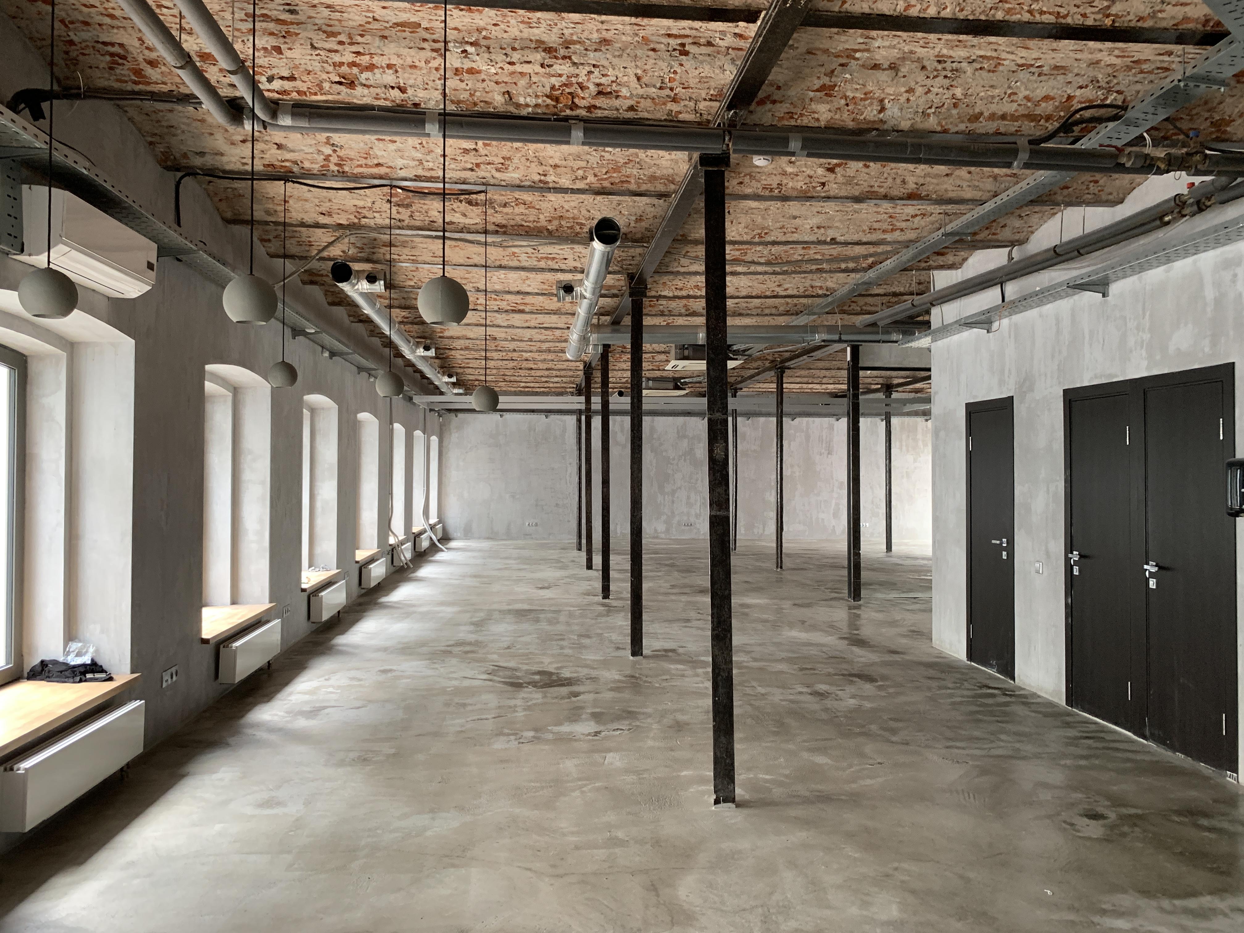 Зал в помещении 207 кв.м.